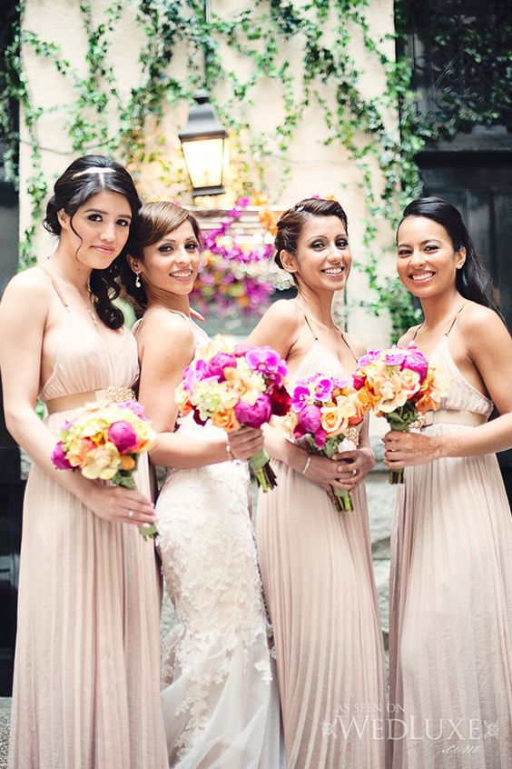WedLuxe– Mona & Vern | Photography by: Vasia Weddings Follow @WedLuxe for more wedding inspiration!