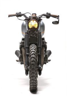 XJ750003