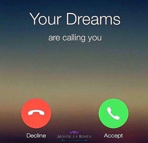 Ahí están tus sueños, planes y anhelos! Los vas a perseguir? No te dejes desanimar por quienes quieran detenerte. Aférrate a ese punto (siempre y cuando no perjudiques a nadie) y no te detengas! Que tengas Excelente día! 👑✨