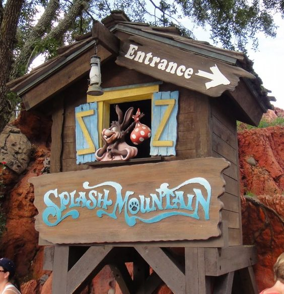 Our 10 favorite things to do at Walt Disney World in the summertime: Splash Mountain