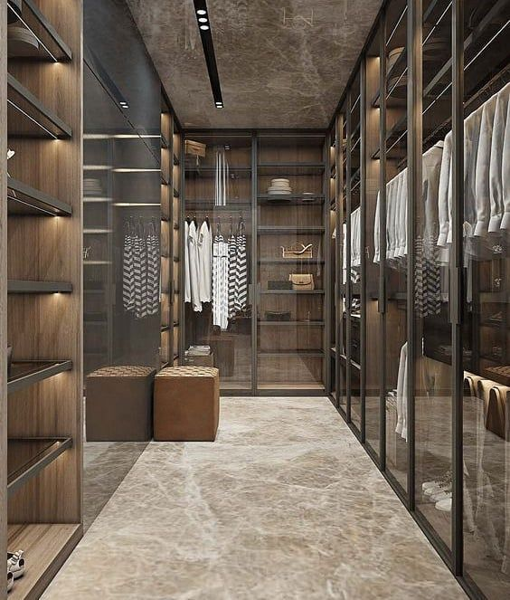 If You Are Lucky To Have A Big Walk In Closet An Idea Can Be To Install Glass Walls Like These With D Walk In Closet Design Closet Decor Dressing Room