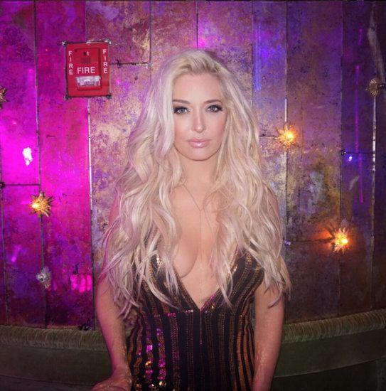 Блондинка эрика порно онлайн