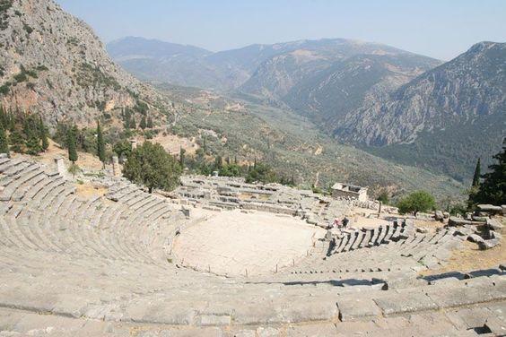 Le théâtre de Delphes. Grèce.