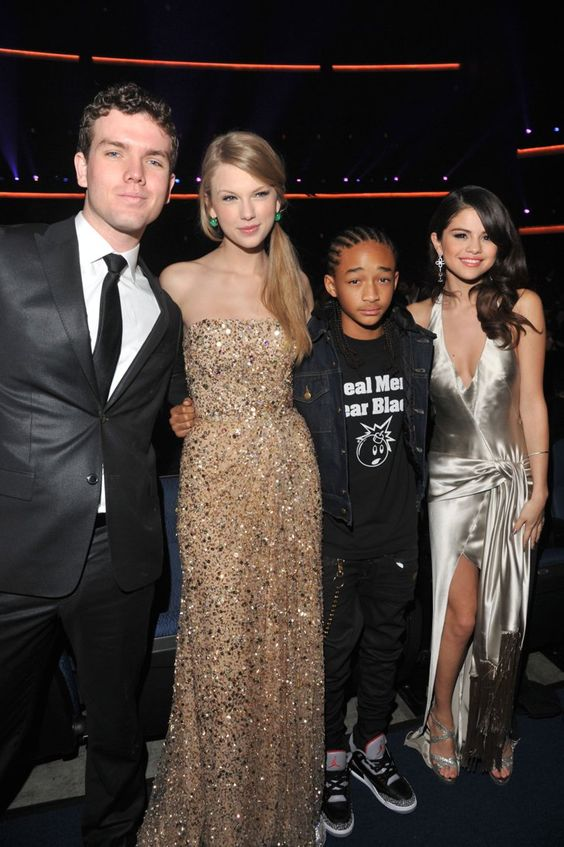 Pin for Later: Taylor Swift's Brother Is the Cutest Graduate of 2015 When he was the star next to Taylor, Jaden Smith, and Selena Gomez.
