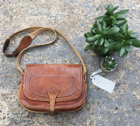 Vintage leather satchel // boho tan leather by superqueenieretro