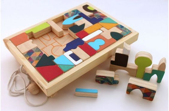 In love with this colourful wooden building blocks!