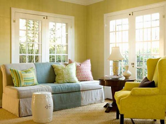 Casual modern living room designs with colorful decor for Pale yellow living room walls