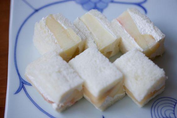 フルーツサンド(桃)/Fruit sandwich Peach | Kagizen: ZENCAFE + Kagizen Gift Shop