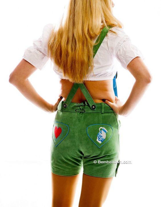 FRANKFURTER OKTOBERFEST MODE -  FRANKFURT BEMBEL TRACHTEN - Follow us Facebook.com/Bembeltown to receive our Specials - Bembeltown Design and more... - http://youtu.be/uUvv-qfAurc | www.Bembeltown.com | #frankfurtshopping #hessentag #hessen #bembel #frankfurt #igfrankfurt #trachten #fashionmagazine #hessen #germanoktoberfest #dirndlgirls #hotpants #fashionblogger #vogue #fashionblog #apfelwein #geripptes #bembeltown #gastrokleidung #biergarten