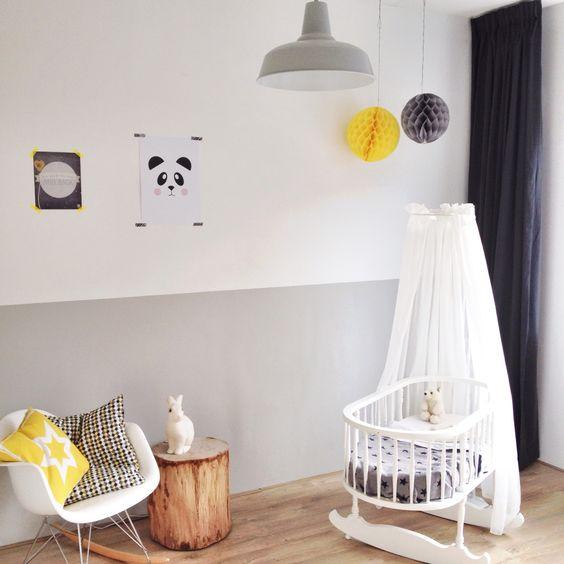 Baby room grey grey white nursery and white nursery on pinterest - Kamer grijs kid ...