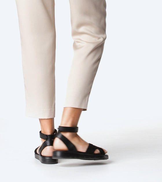 Women's ZERØGRAND Cross Strap Sandal