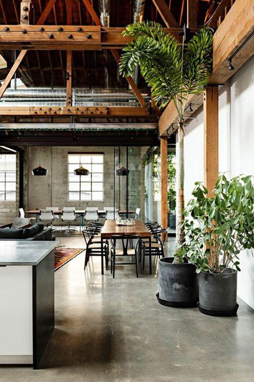 Diseño industrial, mezcla perfecta de los elementos y materiales en la zona del living!