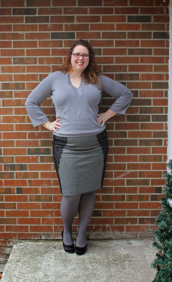 Mom fashion, Grey tights and Plus size style on Pinterest