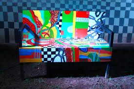 Картинки по запросу Graffiti Painted chairs