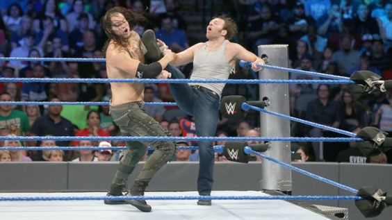 The WWE World Champion goes head-to-head with The Lone Wolf in SmackDown Live's main event.