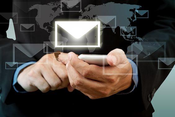 Empregado deverá indenizar empresa por e-mails difamatórios enviados a clientes