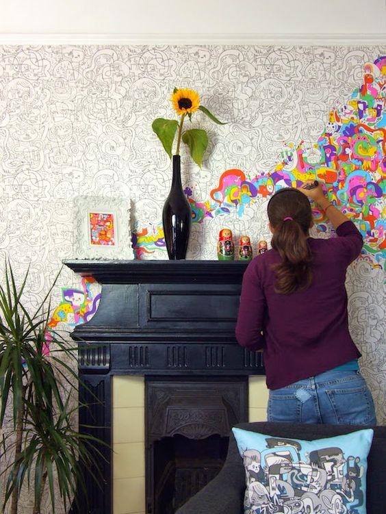 Muren kunnen op zichzelf vrij saai zijn, vooral wanneer ze effen gekleurd zijn. Er zijn gelukkig talloze manieren om muren op te pimpen naar eigen smaak. Je hebt allerlei leuke soorten behang maar je kunt ook zelf aan de slag gaan met minimale middelen. Bekijk hier leuke ideetjes… Er schijnt kleurplaat behang in omloop teRead More