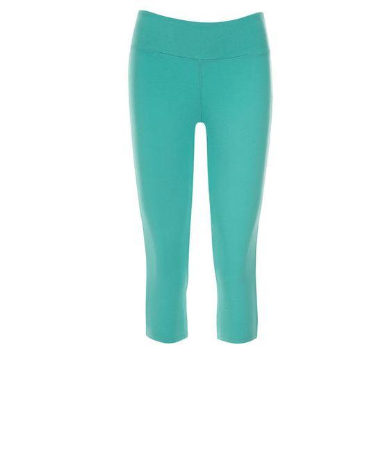 Knit Capri Legging, Aqua #loverickis #capsulewardrobe #winter #winterfashion #winter2017 #rickis #rickisfashion #sandybeach #resort #vacation #getaway #getawaystyle