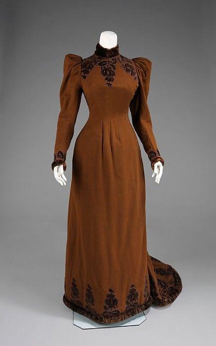 Afternoon dress, ca 1892 US, the Met Museum