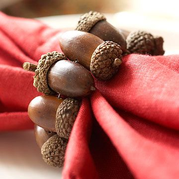 acorn napkin ring, so easy