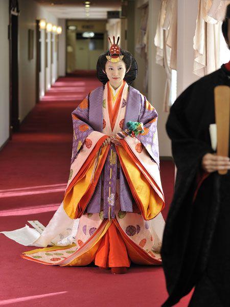 junihitoe kimono | Kimono | Pinterest | Kimonos, Japanese ...