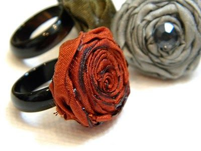 Not sure about these flower rings as actual rings, but they'd make cute napkin rings!