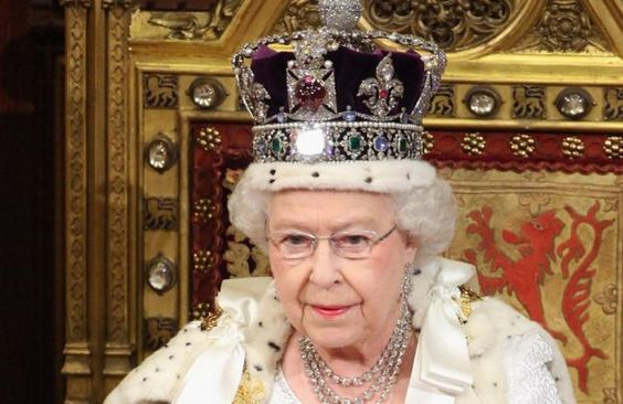 "The ""Imperial State Crown"" worn by Queen Elizabeth II:"