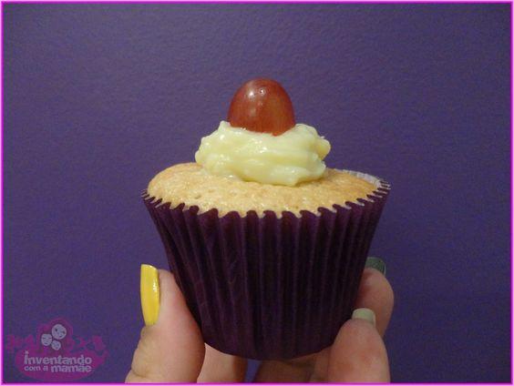 Inventando com a mamãe: Cupcake de Fanta Uva