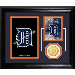 @wisechicks : Detroit Tigers Fan Memories Photo Mint -   https://t.co/hulzVqRbZm https://t.co/2wFymjMymt