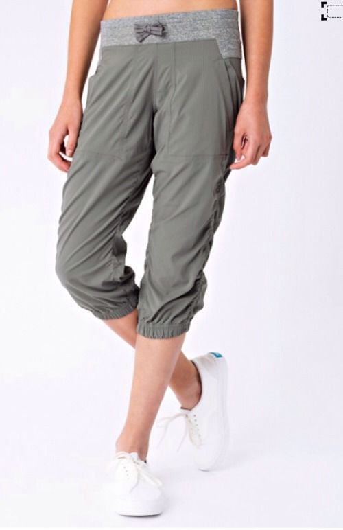 Ivivva by Lululemon Crop Pants Size 14 Live to Move Capri grey #Ivivva #CapriCropped #Everyday