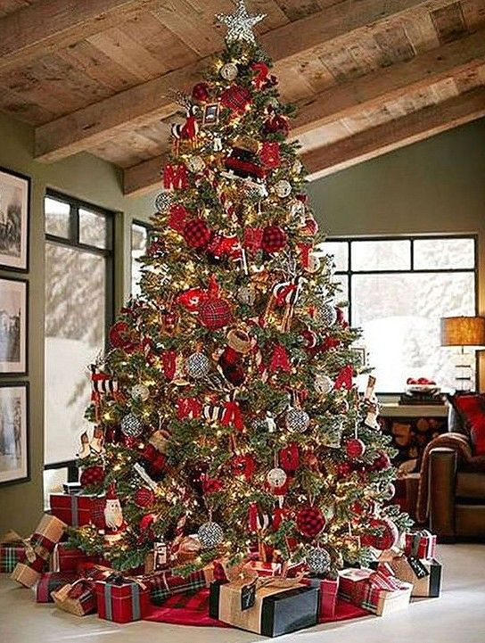 40 Best Christmas Tree Decor Ideas Inspirations For 2019 Sooshell Country Christmas Trees Diy Christmas Tree Christmas Tree Design