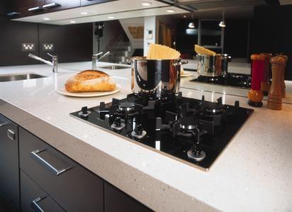 ceramics and black on pinterest. Black Bedroom Furniture Sets. Home Design Ideas