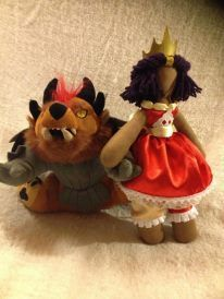 This Guild Wars 2 fan did a charming real-world re-creation of the Wintersday Princess dolls. Take a look at more images of the doll in the artist's gallery: http://www.facebook.com/media/set/?set=a.321657021272696.63669.304411439663921=1