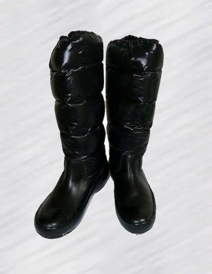Moncler Nible Quilted Boots Noir