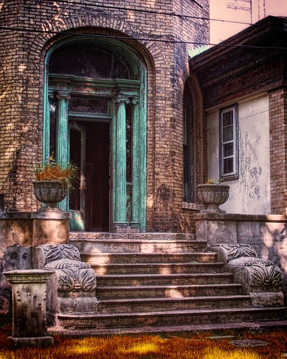 "500px / Photo ""Old Apartment Building"" by James Kirk"