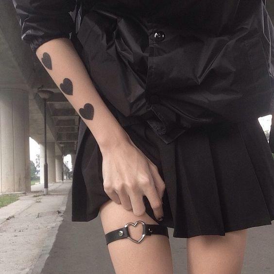 babydoll Black heart garter