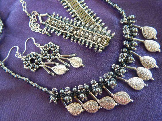 Silver Black Gray Necklace Bracelet Earrings by TheVelvetMannequin