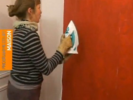 décoller du papier peint avec un fer à repasser, c'est facile ... - Decoller Papier Peint Sur Placo Non Peint