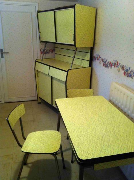 Matching set gorgeous yellow vintage kitchen mid for Matching kitchen sets