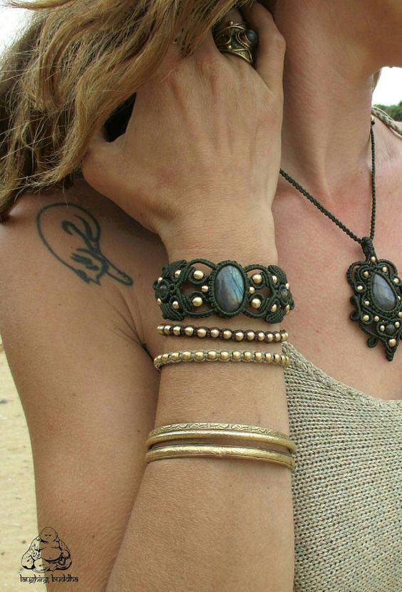 Check out this item in my Etsy shop https://www.etsy.com/listing/281538784/macrame-bracelet-labradorite-bracelet