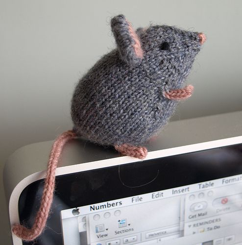 Knitting Pattern For Mouse Free : Knits, Mice and Libraries on Pinterest