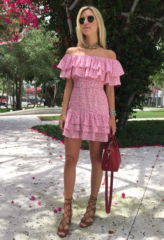 LOOK DO DIA VESTIDO FLORAL