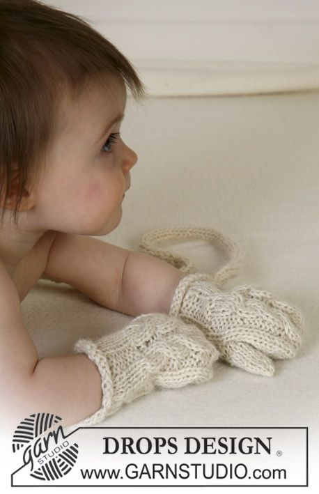 Extremely sweet, nostalgic gloves to our mini humans… ~ DROPS Design