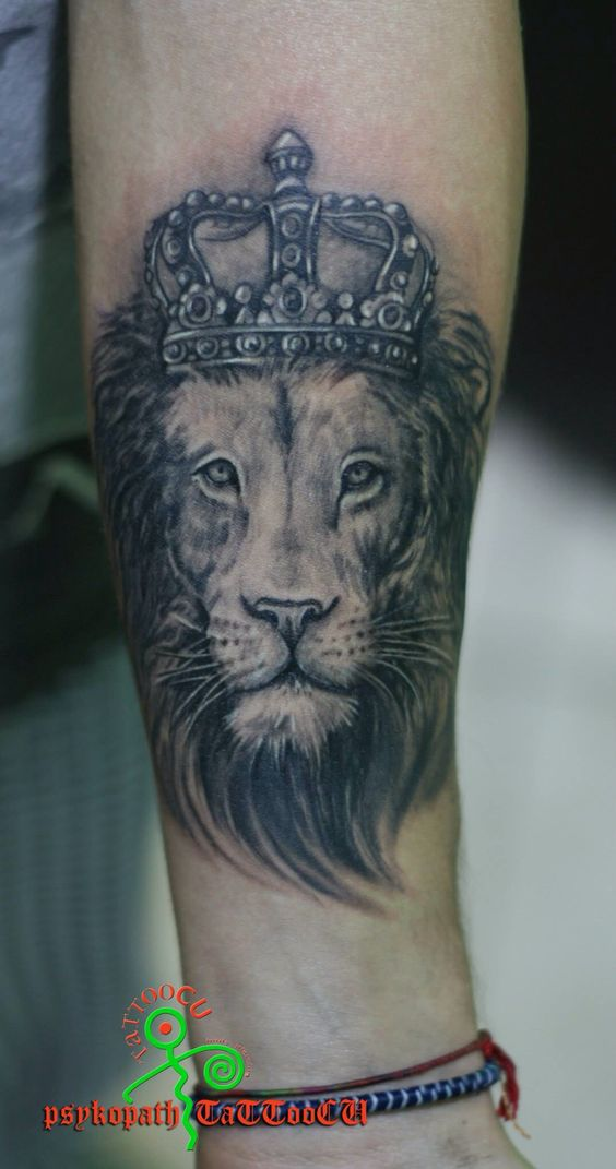 Gallery For gt Lion Crown Tattoo