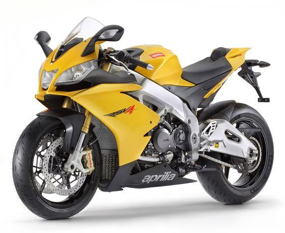 "Aprilia RSV4 R ""APRC"" (2012) - 2ri.de  Hersteller:Aprilia Land: Baujahr:2012 Typ (2ri.de):k.A. Modell-Code:k.A. Fzg.-Typ:k.A. Leistung:180 PS (132 kW) Hubraum:999,6 ccm Max. Speed:k.A. Aufrufe:1.601 Bike-ID:3263"