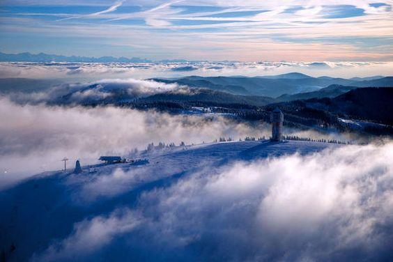 Seebuck, Feldberg/Schwarzwald. My first turns on a snowboard happened here... back in 1986