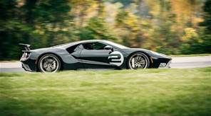 2017 Ford GT tops out at 216 mph, fastest production Ford ever
