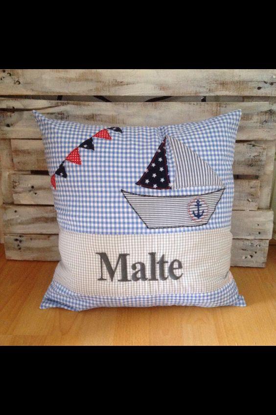 Maritimes Kissen mit Wunschnamen