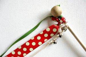 DIY Christmas Wand - great last-minute stocking stuffer idea for kids