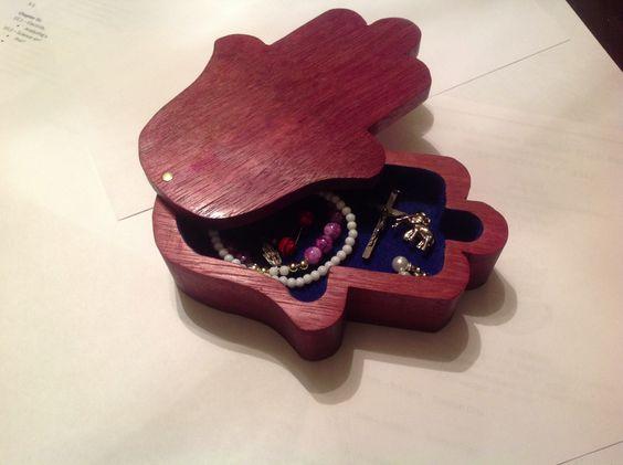 Hamsa box